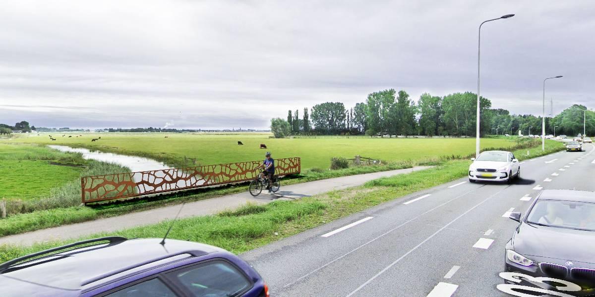 Een Oer-IJ brugleuning toegepast over de Schulpvaart bij de provinciale weg in Limmen.